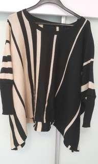 黑白直條闊身衫