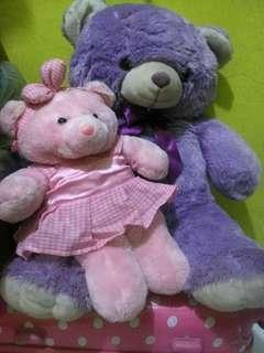 Sepasang boneka beruang