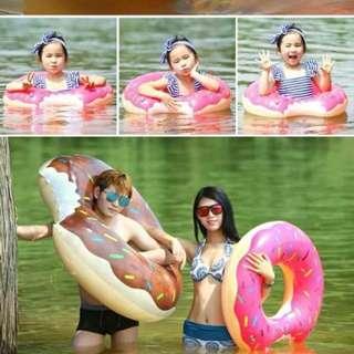 Giant donut floater