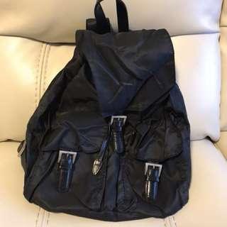 美國U2實用背包