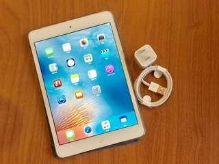 Apple iPad MINI2 IPADMINI2 wifi  16GB 7.9吋 銀色 現貨 機況漂亮 要買要快喔!