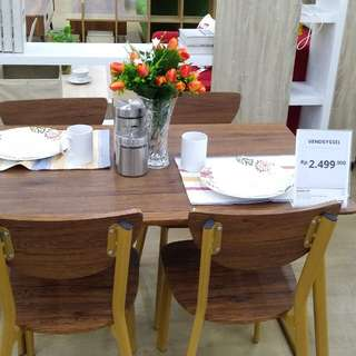 Dining Set Vendsyssel Bisa Dicicil Tanpa Kartu Kredit DP 0% JYSK Mall Taman Anggrek