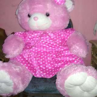 Boneka beruang besar lucu