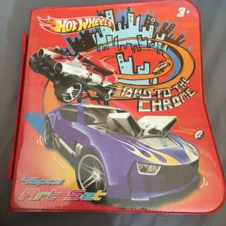 Hot wheel stationary art set