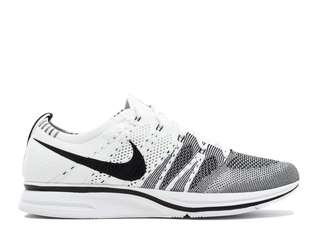Nike Flyknit Trainer Oero White Black