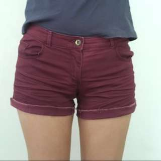 H&M shorts in maroon