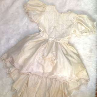 White Silk & Lacey USA Gown