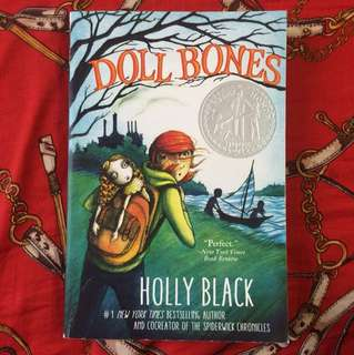 Doll Bones - Holly Black