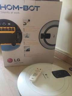 LG Hom-Bot Robot Vacuum