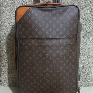 Louis vuitton pegase 55 autentik . Free cover jas louis vuitton