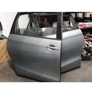 ESTIMA REAR DOORS ONLY $250/PC