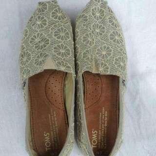 Brandnew Original Toms Shoes