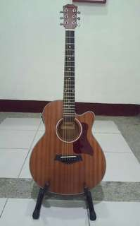 Thompson Acoustic Guitar with pick up