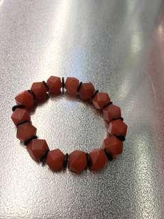 稜角形狀南紅瑪瑙手鍊