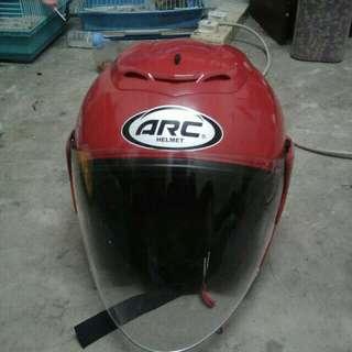 Helmet arc red