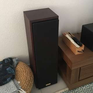 KENWOOD FLOOR STANDING SPEAKERS