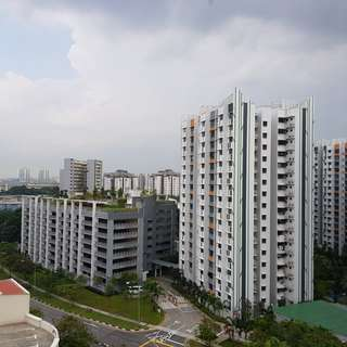 HDB 4 for Rent at 690 Jurong West Central 1