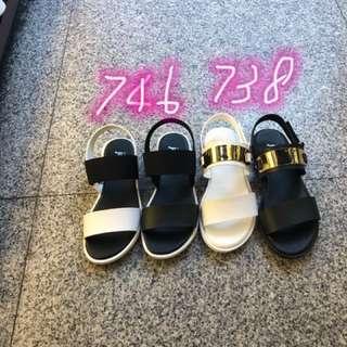 🚚 最新女款涼鞋來囉 💪💪特價掃貨款$200/雙 台灣製造👍👍👍 2色 2款 22/.23.23/.24.24/.25 🎉🎉🎉快來搶貨囉!📣📣📣
