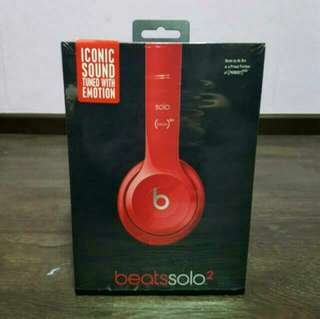Authentic Beats Solo2 on-ear headphone Red