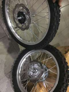 Wheel set (Velg, ban, cakram, as, gir) orisinil CRF150