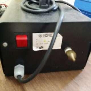 意大利(無油)壓縮泵,模型用