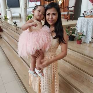 Mother & daughter twinning dresses