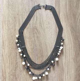 Statement Necklace pearls and dark Long necklace