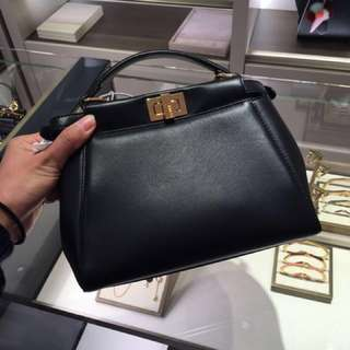 Fendi mini peekaboo Handbags 斜咩袋 手袋