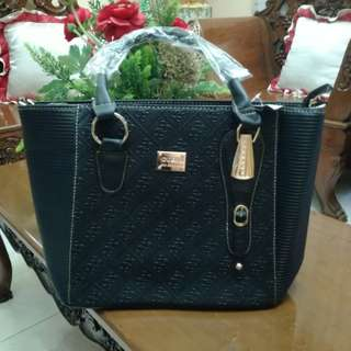 Gues Shoulder Bag
