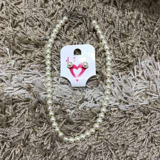 Diva Pearl Necklace & Earrings Set