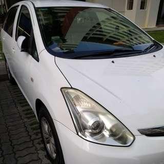 Toyota Wish 1.8 Auto Standard CVT