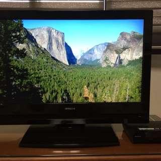 "Hitachi TV LCD HD ready 32"" screen"