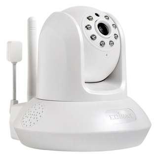 Edimax Smart HD Wi-Fi Pan/Tilt Network Camera with Temperature & Humidity Sensor, Day & Night IC-7113W