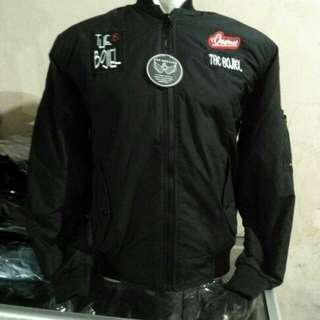 jaket boomber sign the bojiel hitam