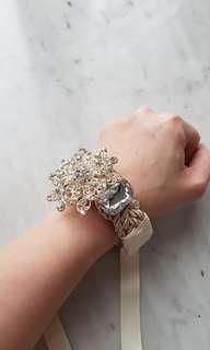 BRAND NEW Crystal bracelet