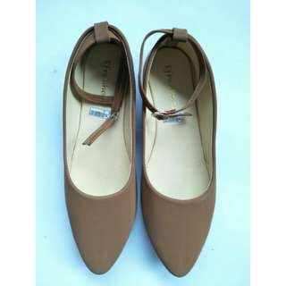 New flatshoes golden brown tali