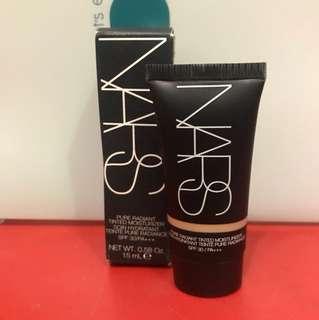 NARS pure radiant tinted moistureizer