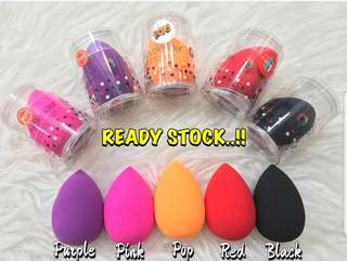 Beauty Blender‼️FREE NORMAL MAIL‼️