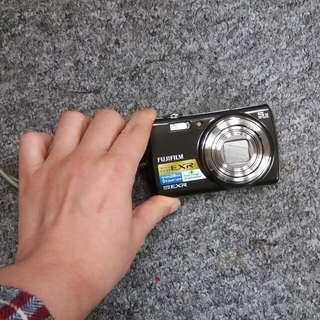 Fujifilm Finepix F200 EXR 相機