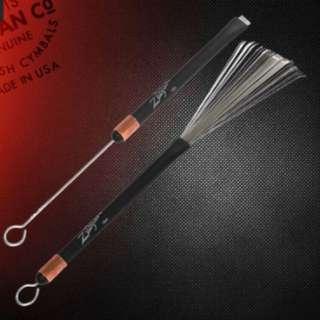 Zildjian 鼓刷 Bent Bristle Brush SDWB3   特點: 可伸縮 專利彎型刷頭 堅固耐用