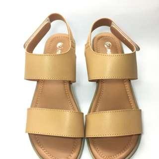 Sandal tali flat
