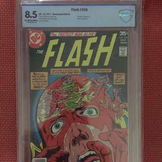 DC Flash #256 CBCS 8.5