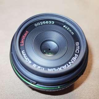 Pentax SMC DA Lens for Pentax K - 40mm - F/2.8