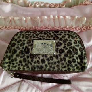 Clutch pouch macan