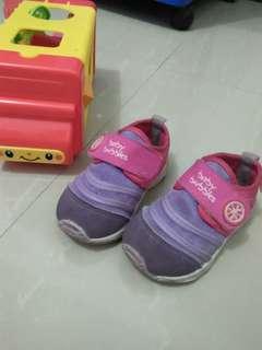 Sepatu Baby Bubbles size 21