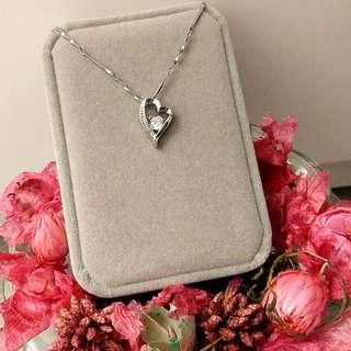 Love心形閃亮吊墜頸鏈 Love Heart-Shaped Pendant Necklace