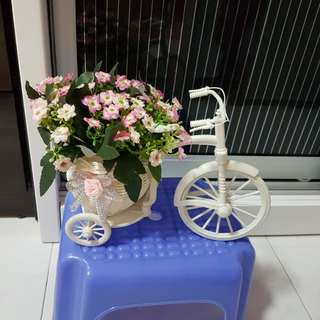 Bicycle flower