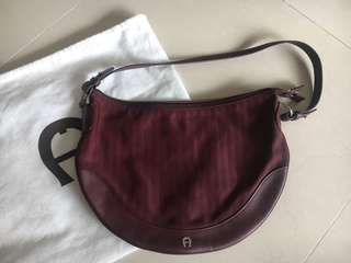 Aigner Authentic Handbag. Bought & never used