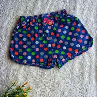 Celana pendek anak perempuan#Makin Tebel