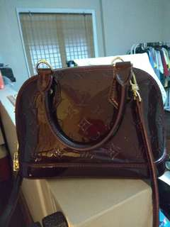 Lv Alma in patent leather